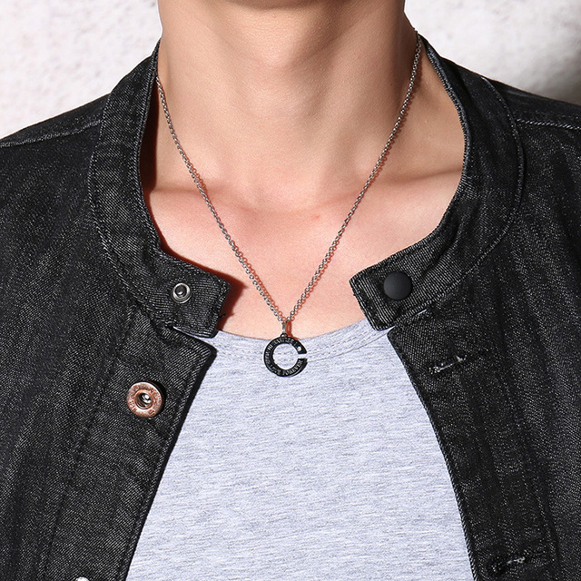 Купить модные простые золотистые черные ожерелья с фианитами для влюбленных картинки