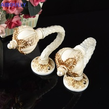 AIBOULLY High Quality luxury Fashion Curtain Hooks Holder Hanger Bronze Display Rack Wall Hook Decoration Accessories