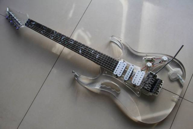 Wholesale Cnbald Acrylic Crystal electric guitar Acrylic Crystal 130101
