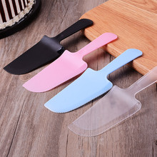 100 Pcs 7x2.3in Plastic Cake Knife Cutter Independent Packing Disposable Spatula For Wedding Party Birthday