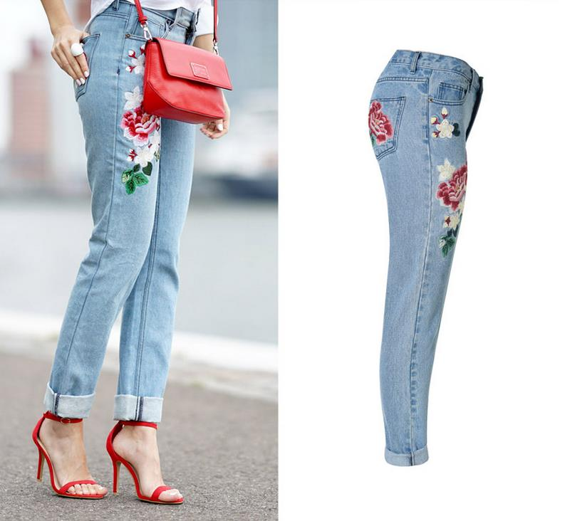 2016 Women Vintage Embroidered Roses Ripped Jeans Denim Light Blue Trousers Female Pencil Denim Lady Pants