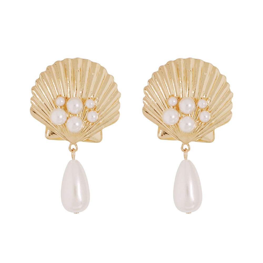 Cowrie Shell Earrings Women Gold Sea Shell Statement earrings 2019 Vintage simulated pearl drop earings Summer Beach Jewelry
