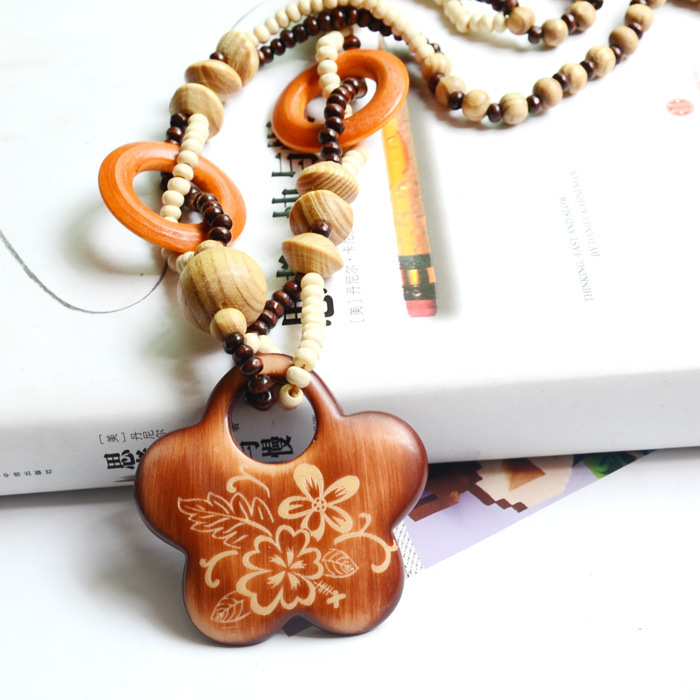 Bohemia exotic plum maple leaf national wind restoring ancient ways of natural wooden sweater chain accessories