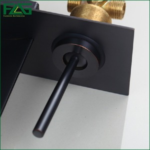 Image 5 - FLG הסתיר אמבטיה ברז טמפרטורת צבע שינוי LED מפל ברז קיר רכוב שמן שפשף שחור אגן ברזי כיור
