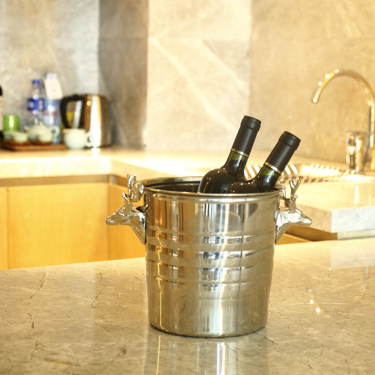 Stainless Steel Ice Bucket with Silvery Deer Head Sculpture Bar Tool Home Tool Wine Bucket Champagne