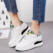 2017 Spring and Autumn New England wind breathable hole small white footwear with anti-slip gap gap faculty wind informal girls's