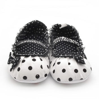Square Mouth Black Pleated Lace Princess Babies Shoes Soft Sole Non-slip Baby Shoes Pure Handmade Multi-element First Walkers 1