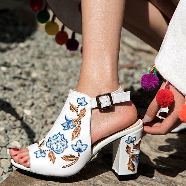 2018 Abierta blanco Nueva Negro {zorssar} Punta Mujer Sandalias Bordado Fiesta Verano De Gruesos Moda Vestido Tacones Zapatos SqaEvdf