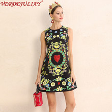 Vintage Mini Dresses Autumn 2018 Sleeveless Fashion Luxury Flowers Print  Vest Heart pattern Diamonds New European Black Dress 9848ce1788f8