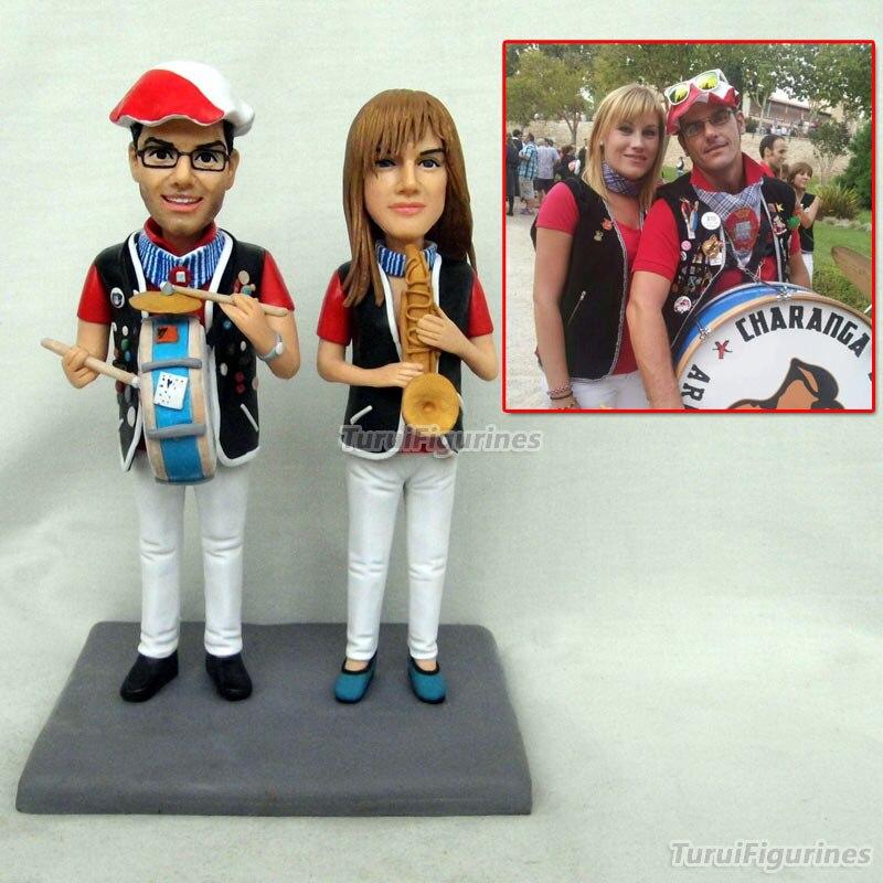 Musicien couple figurine ooak polymère argile minature personnalisé Supergirl superman miniature cadeaux personnalisés pour meilleur ami cadeau