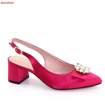d4b0ed9344a Doershow más popular fucsia sandalias de mujer con diseño de diamantes de  imitación negro africano bajo zapatos de tacón vestido HFF1-16
