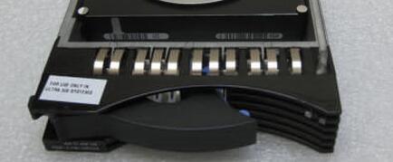 ФОТО 40K1027 39R73416 73G SCSI 15K 3.5 Hard disk Brand NEW woking