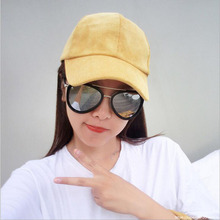Corduroy Baseball Cap Comfortable Breathable Entertainment Male and Female Striped Velvet cap 2016 Autumn / Winter Hats