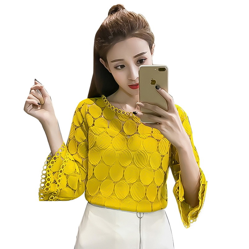 Lace Blouse Women New Autumn Loose Sleeves Small Shirt Spring and Thin Hollow Womens Tops Blouses Boho