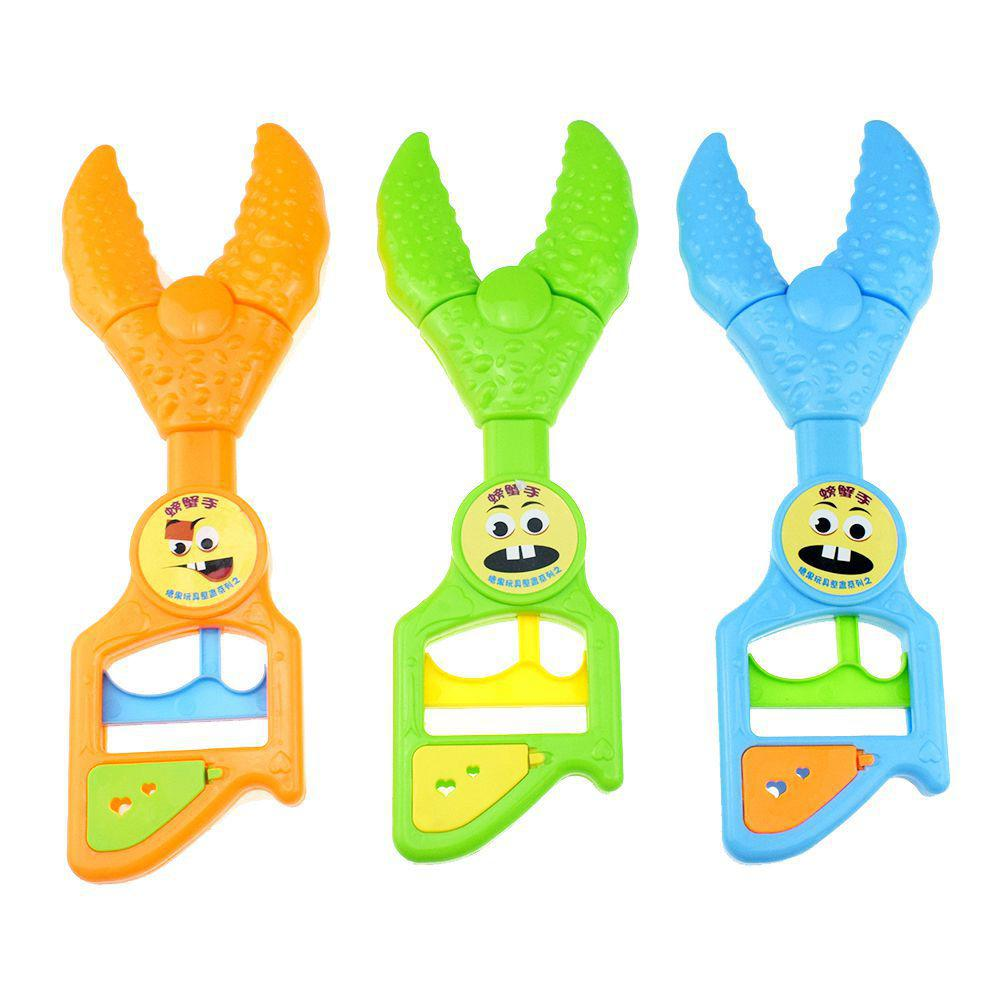 1PC Children Prank Simulation Pliers Toy Telescopic Robot Children Gift Kids Toys Random Color