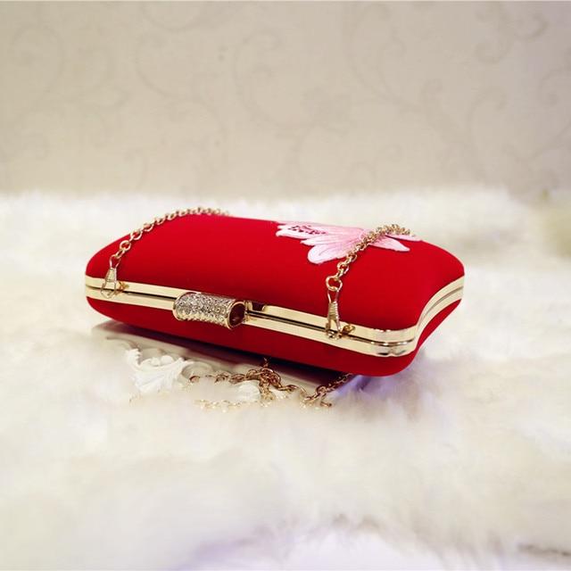 Embroidered velvet handbags 3