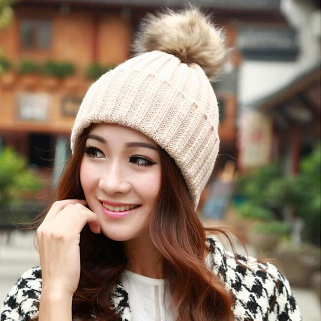Faux pele de coelho pompom cap gorro de malha chapéus de inverno para as  mulheres quente b469127d0a2