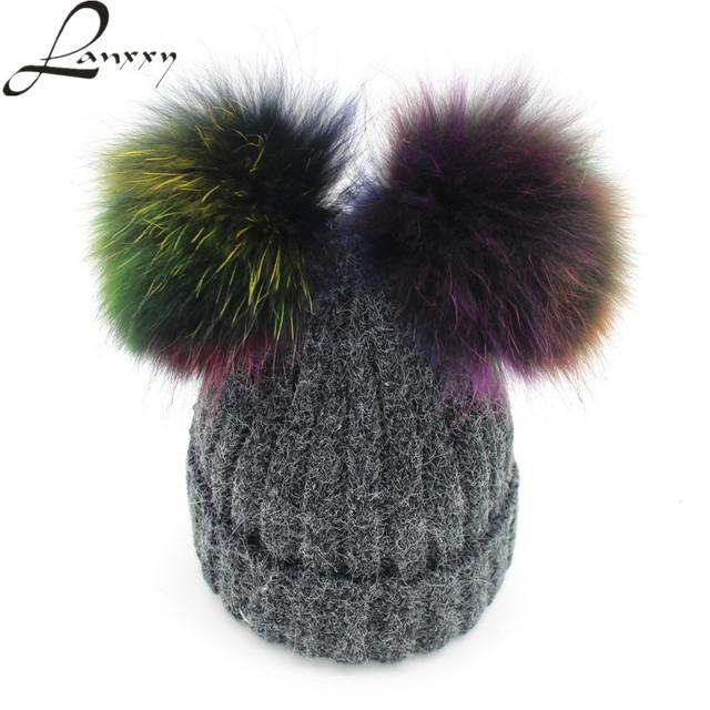 Lanxxy Nova Moda Colorida Verdadeira Pele De Vison Chapéu Pom Poms para mulheres Meninas Skullies Gorros Bonnet Cap Fêmea com Duas Bolas de Pompom