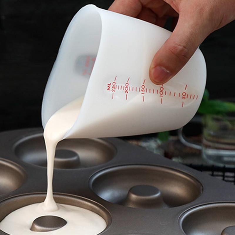 Flexible Chocolate Butter Flour Measuring Cups Kitchen Beaker Baking Bowl Tools