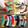 Colorido al por mayor tendencia de la moda de las mujeres calcetines de Diente de sierra de cuadrícula de diseño de color Caramelo Calcetines de Algodón de Buena calidad cómodo meias soks