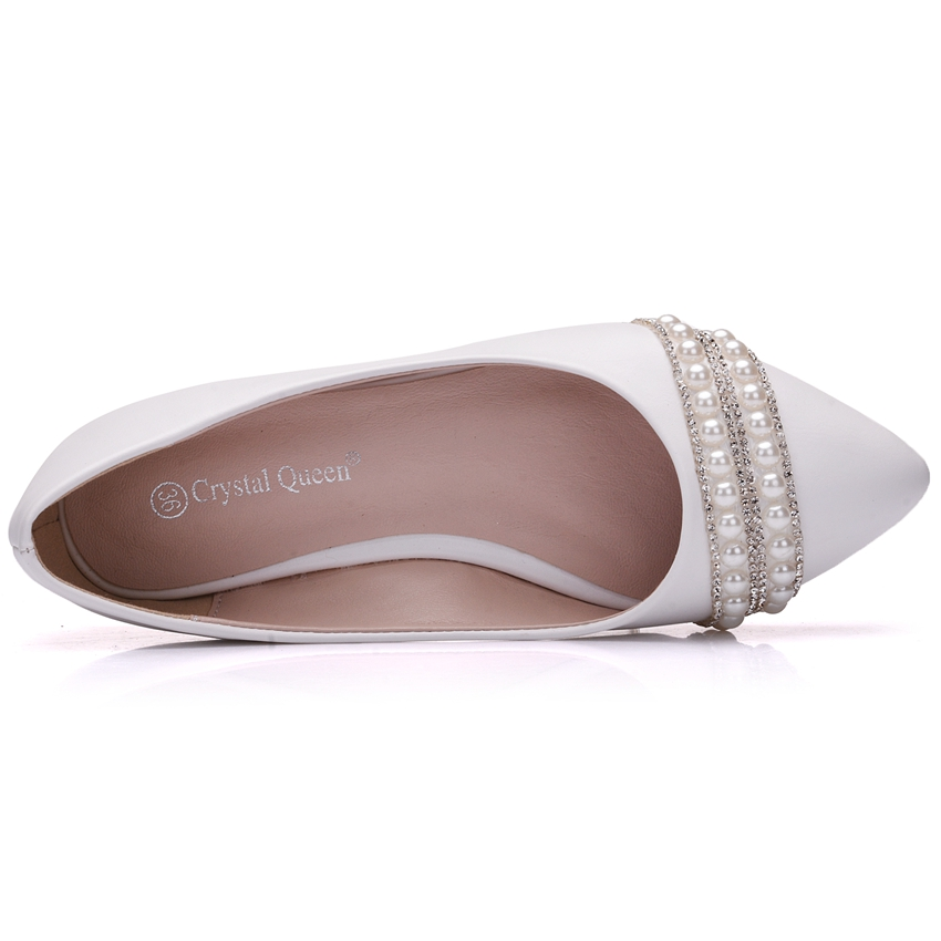 Crystal Queen Women Bridal Shoes handmade Lady pearl white wedding shoes  flats sexy comfortable White Pearl Dress Shoes-in Women s Flats from Shoes  on ... b2c7f49d045f