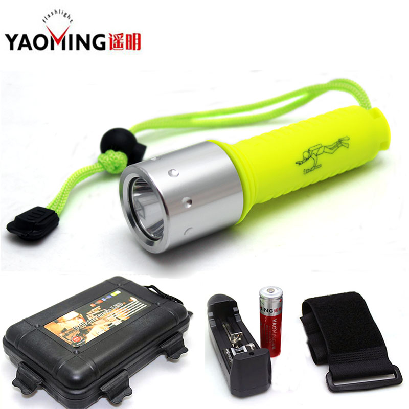 Gift Box CREE XM-L T6 2000Lm underwater 50m diving led flashlight torch lantern + 18650 battery + charger + wrist band for spear cree xm l t6 bicycle light 6000lumens bike light 7modes torch zoomable led flashlight 18650 battery charger bicycle clip