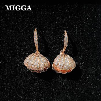 4d688147c62d MIGGA lujo Cubic Zirconia pavimentado mejillón Shell simulado perla cuelgan  los pendientes para las mujeres Rose Gold Color