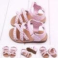 Hot sale 2016 mais novo do bebé de verão e primavera sapatos e sandálias flor sapatos sandálias para os bebés xtp-1101