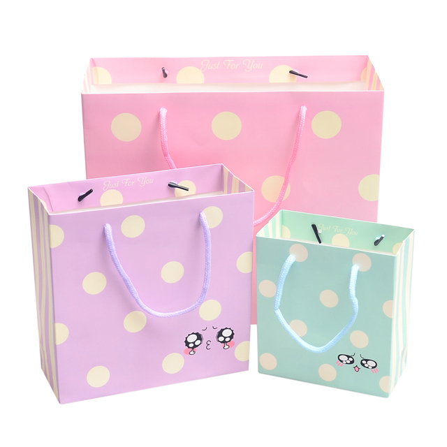 Paper Party Supplies Cartoon Cute Face Gift Bag Big Dot Pattern Wedding Birthday Favor Bags10 Pieces Lotw15