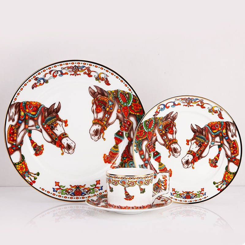 High-grade Bone Porcelain Tableware Set dinner plates sets with coffe cup saucer Dishes and plates sets Service plate for dinner