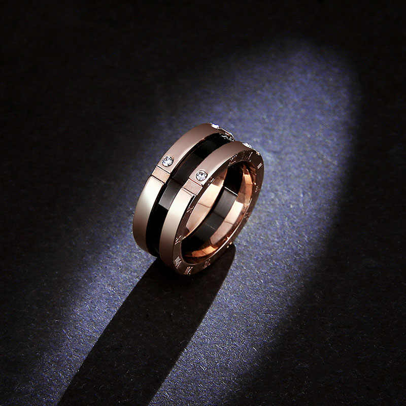 Classic  Top Quality Titanium Steel  Rose gold color 8mm Black Ceramic Rings  / Luxury four rhinestones  Rings