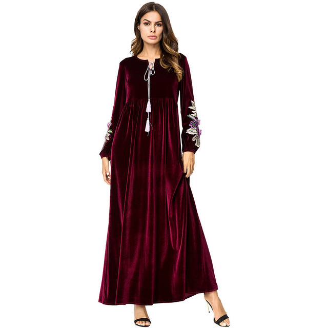 ec8822207 Velvet Embroidered Long Dress Autumn Winter 2019 Maxi Dresses for Women  Muslim Dubai Arab Casual Robes Eid Adha Ramadan