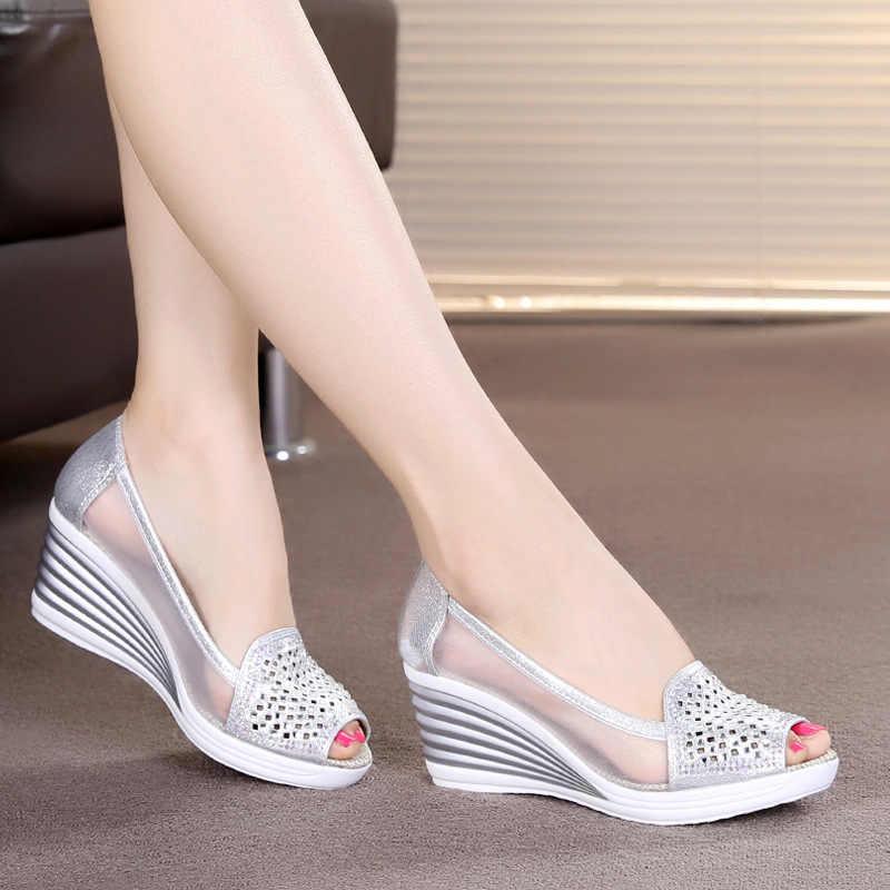 Loecktty 2019 ใหม่ผู้หญิงรองเท้าแตะรองเท้าฤดูร้อนปลาปากรองเท้าแตะ rhinestones OL Hollow สุทธิรองเท้า EUR 40