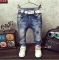 2016 novos meninos de roupas infantis Coreano bordado cós calças pés maré calças jeans meninos