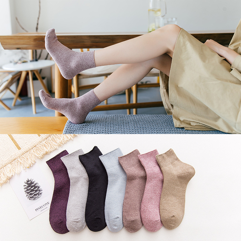1 Pair  Soft Warm Comfortable Lady Wind Cotton Socks Vintage Women Casual Solid Socks