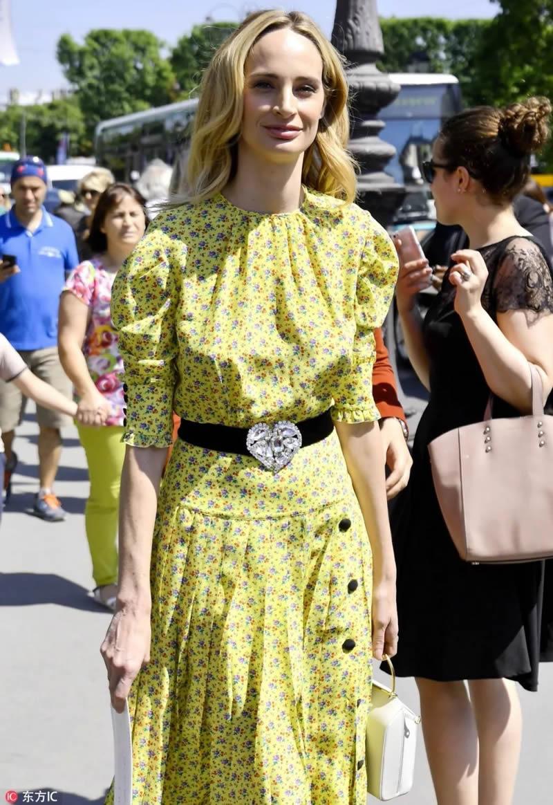 Imprimé Floral femmes longue robe mode o-cou à manches courtes a-ligne robes F6208