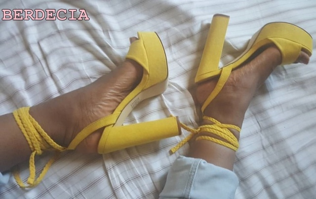 yellow laather young ladies favorite sandals chunky heel woman shoes open  toe shoes lace up sandals