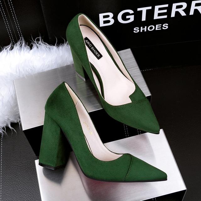 Mujeres Bombas Talón Grueso de Tacones Altos Zapatos de Mujer Sexy Zapatos de tacón alto Señaló Damas Acuden Gamuza Solos Zapatos de Tacón Alto G317