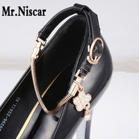 Mr Niscar Charming Golden Plated Snake Chains Crystal Flower Shoe Decoration Bright Leather Shoes Band Women
