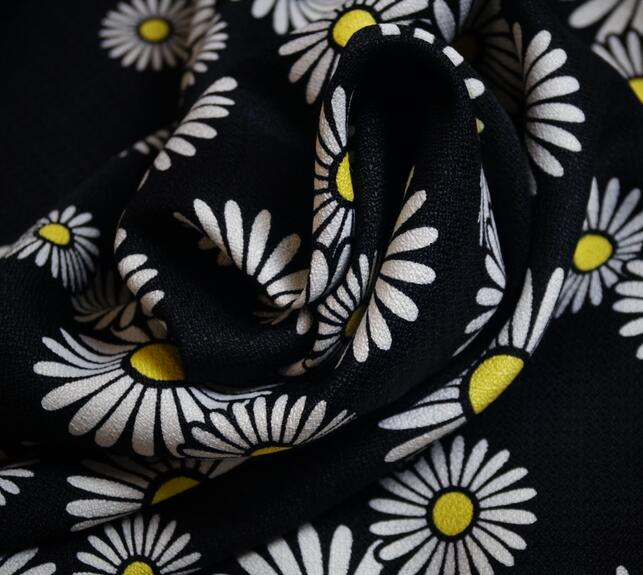 hot Daisy fashion fabric woven fabric Diy tailoring fabric 150cm width in Fabric from Home Garden