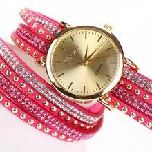 Новинка 2017 года Дизайн Женева горный хрусталь Multi-Слои Обёрточная Бумага браслет Аналоговые из искусственной замши Заклёпки наручные часы