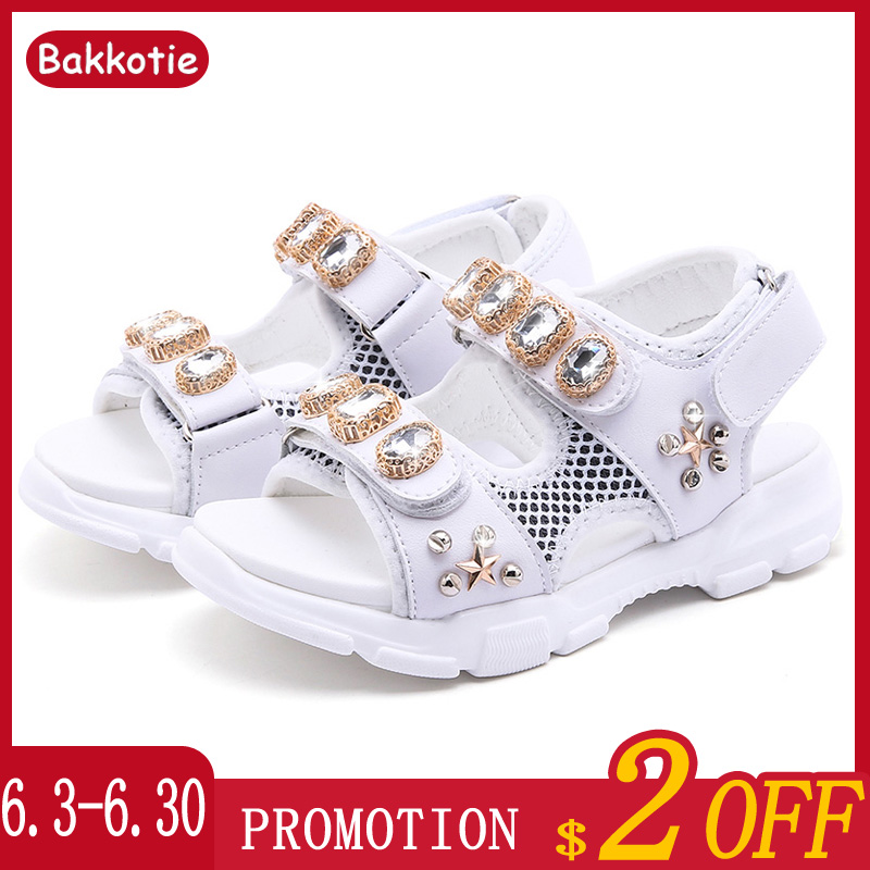 Bakkotie 2019 New Baby Girls Rhinestone Sandals Summer Princess White Fashion Sandals Kids Rivets Soft Casual Dress ShoesBakkotie 2019 New Baby Girls Rhinestone Sandals Summer Princess White Fashion Sandals Kids Rivets Soft Casual Dress Shoes