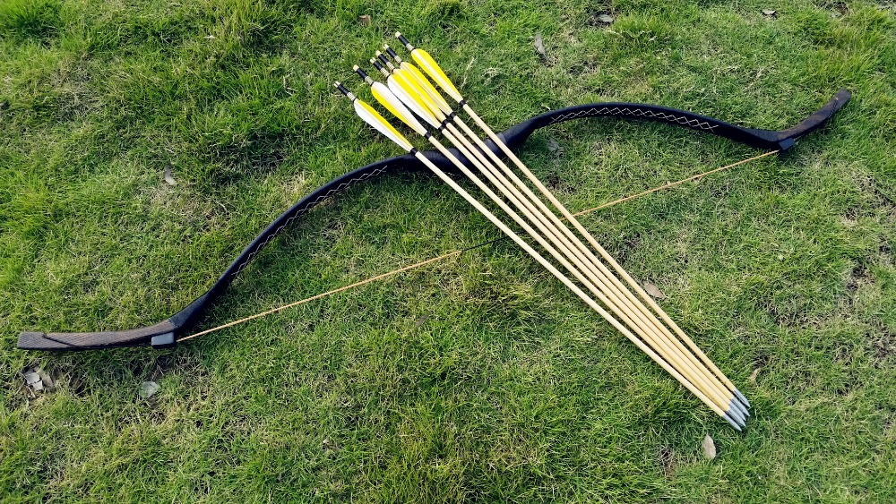 Pure Black leather longbow 20 60 Hunting Traditional Recurve Bow Handmade Mongolian Longbow 6 wooden arrows
