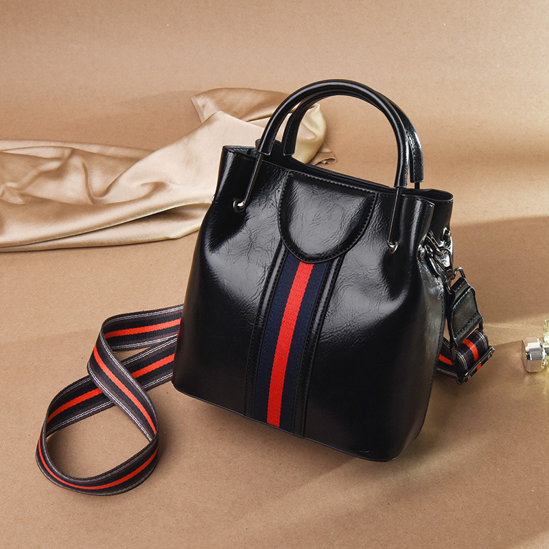 Designer Hand Bag For Women Luxury Oil Wax Leather Bucket Bags Handbags Women s Crossbody Shoulder Bags