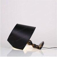 Современный краткое испанский защитник Прикроватные светильники модные настольные лампы Свет Гостиная Свадебные украшения светов черный/
