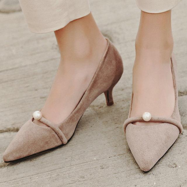 Aiweiyi 2017 mujeres bombea zapatos de las señoras punta estrecha slip on zapatos de Tacón alto de La Perla Zapatos de Mujer Princesa Zapatos de Boda de Gran Tamaño 34-43