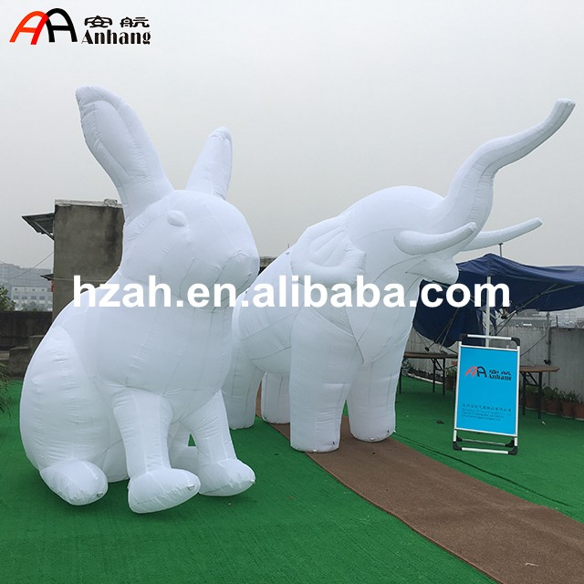 White Inflatable Rabbit and Inflatable Elaphant for Advertising