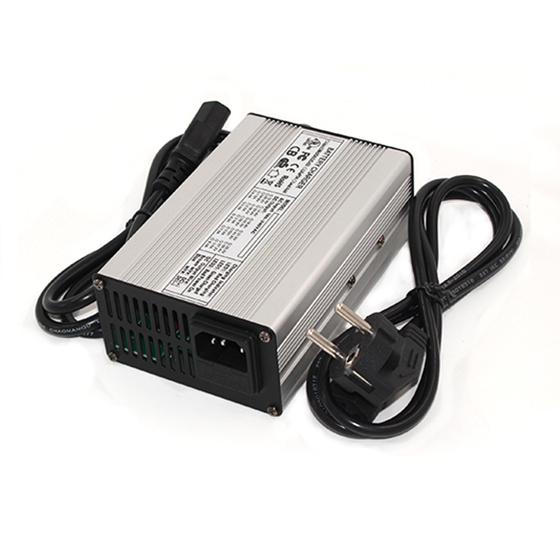 12V 8A Charger Lead acid Battery Smart Charger Easy to carry