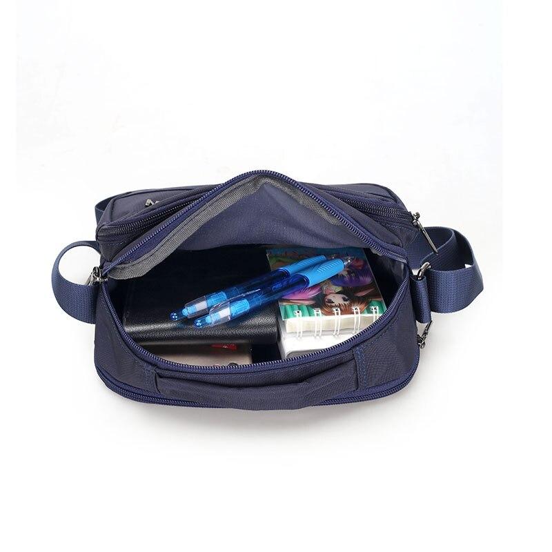 2018 الأزياء المحمولة الإناث حقيبة برشام حقيبة الأوروبية والأمريكية الأزياء الإناث بو الكتف حقيبة ساعي-في حقائب قصيرة من حقائب وأمتعة على  مجموعة 3