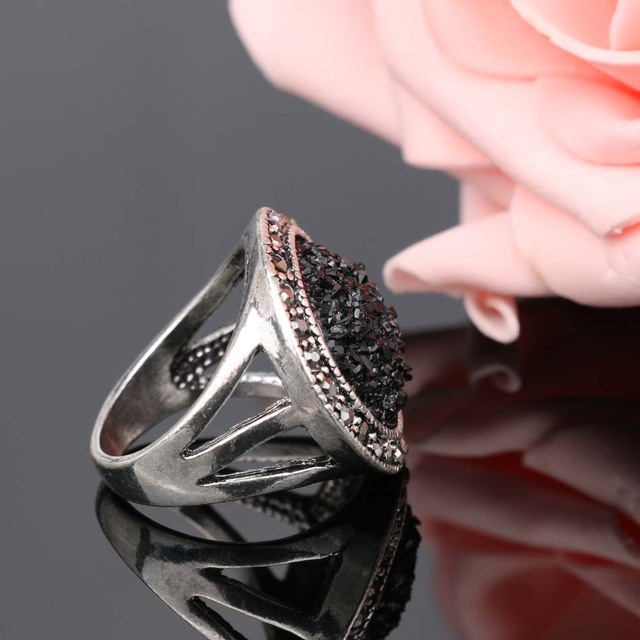 Bohemian Silver Plated Black Broken Stone Ring